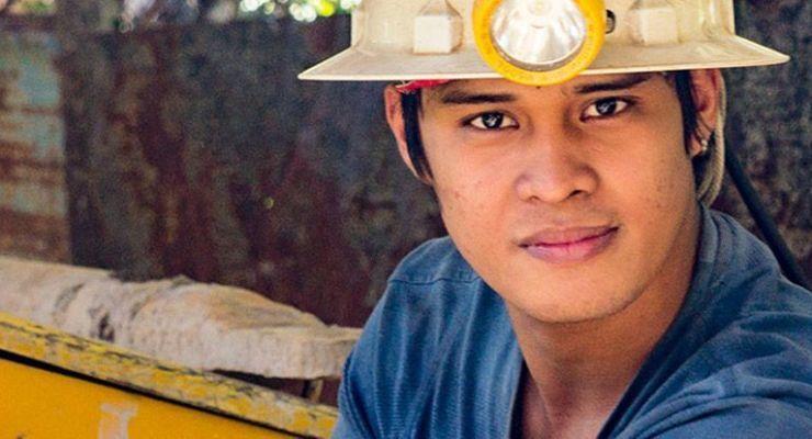 ¿Cómo difunden la seguridad laboral entre los jóvenes de Filipinas?