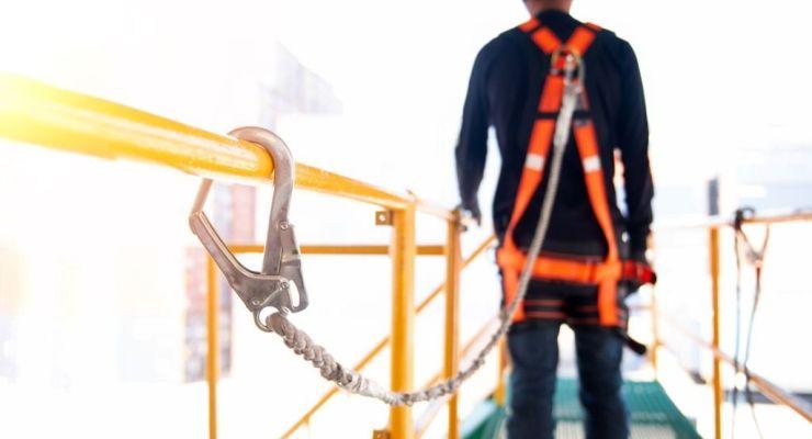 27% de los trabajadores en Perú realizan actividades de alto riesgo