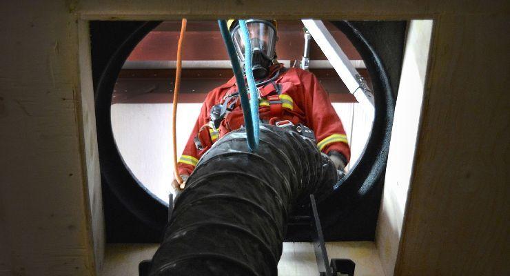 Procedimientos para las operaciones en zonas confinadas con atmósferas explosivas