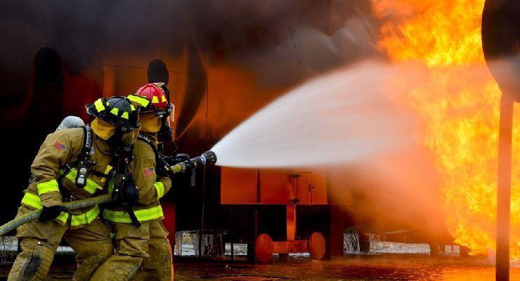 Revisa cuáles son las tres formas en las que se propaga un incendio
