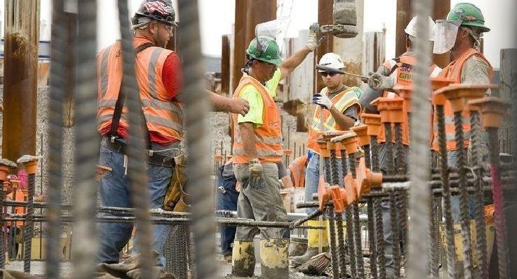 Riesgo de EPOC aumenta en trabajadores de construcción de avanzada edad