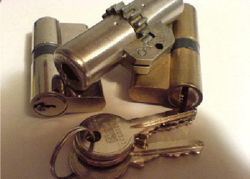 Bombillos y cerraduras de seguridad, cerrajeros el prat de llobregat