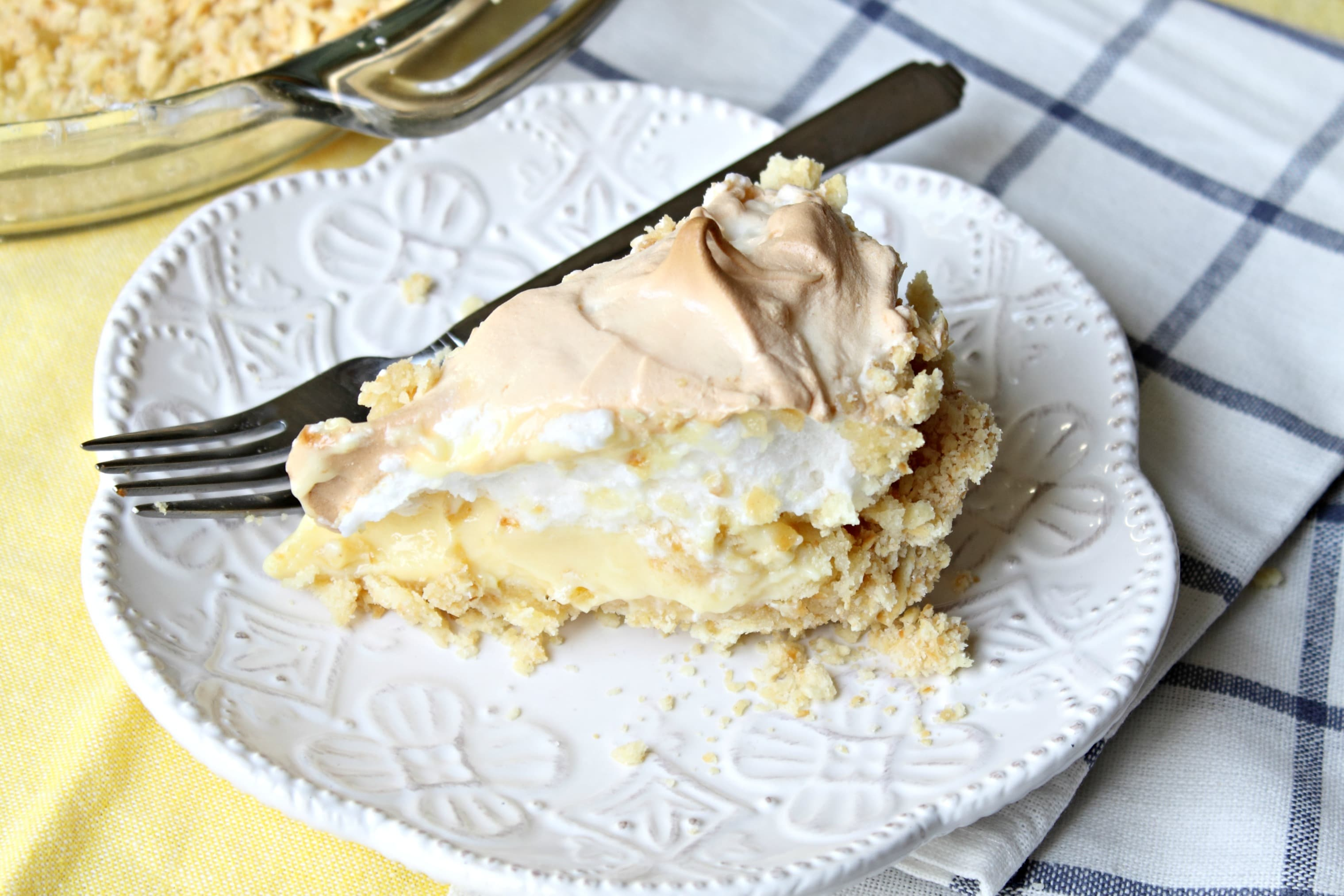 Atlantic Beach Pie - A summertime pie that tastes like lemon meringue, but made with a saltine cracker crust