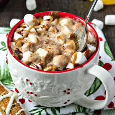 Peanut Butter Hot Chocolate - A yummy, comforting hot chocolate, with a special new addition: creamy peanut butter! Ready in less than 10 minutes.