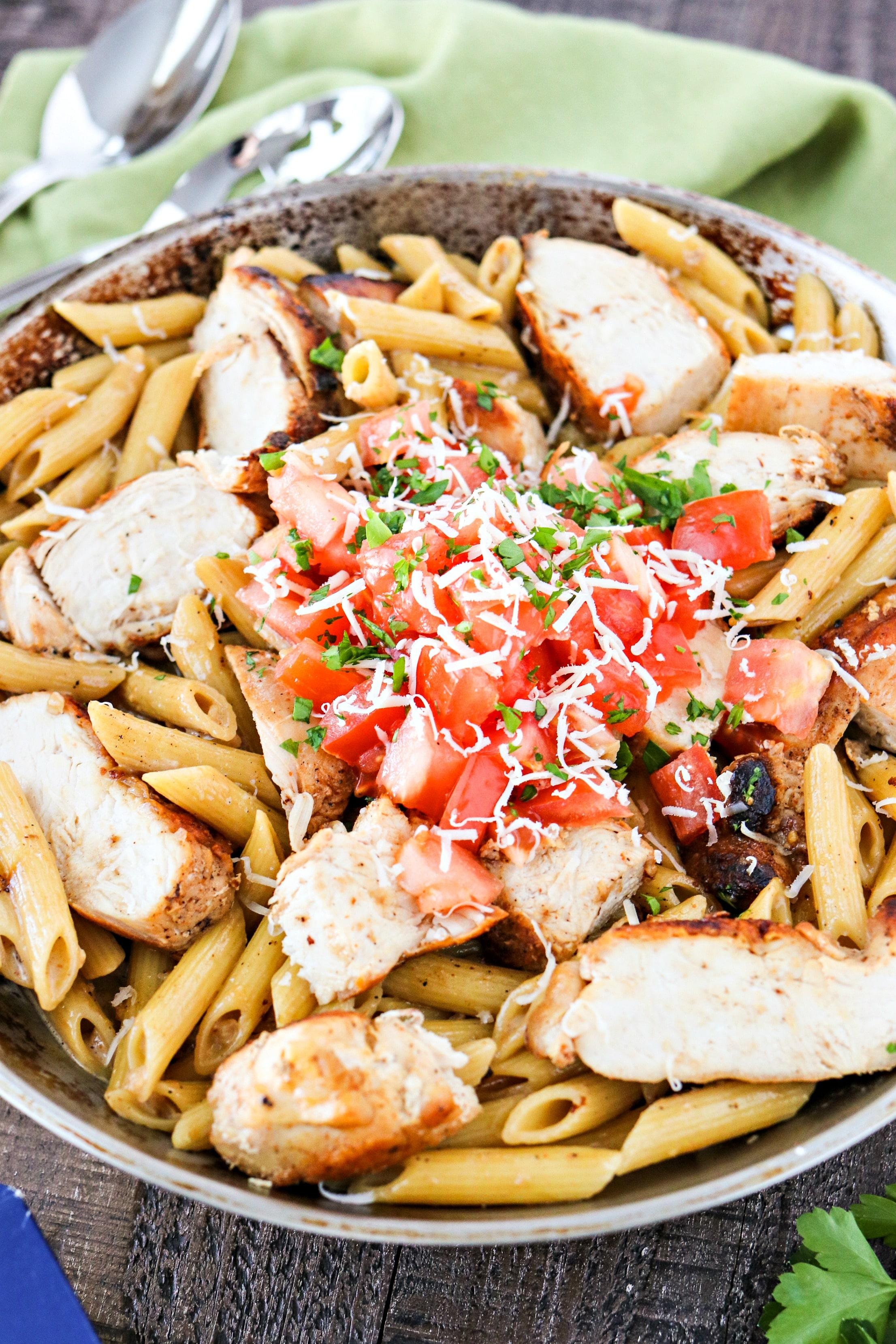 Bowl Of Cajun Chicken Pasta
