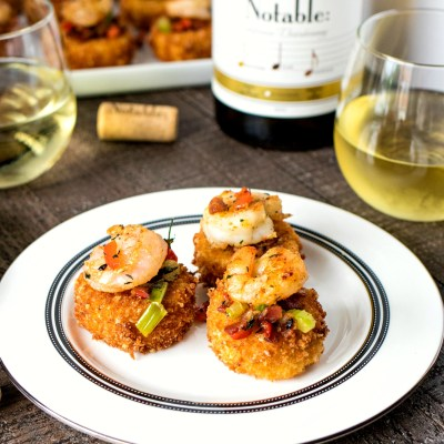 Shrimp & Grit Cake Bites (+wine pairing)