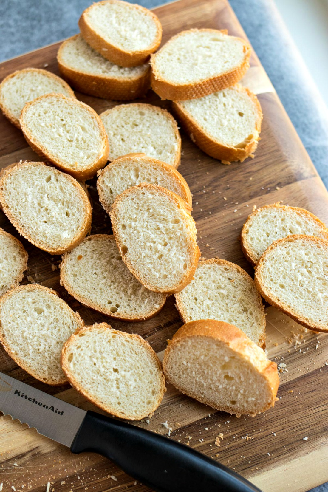 Small baguette slices