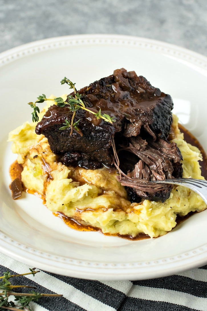 Plate of Slow Cooker Short Ribs and mashed potatoes