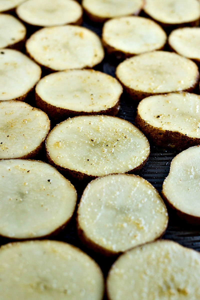 Closeup on the slices of potato