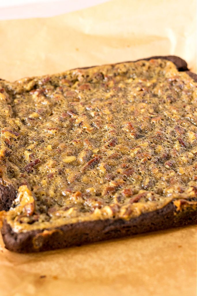 photo of pecan pie brownies before being sliced