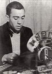 Foto del poeta Miguel Hernández