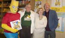Simpsonovi si k 25. výročí nadělili luxusní knížku