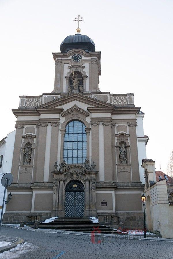 Cizinka - Vojenský kostel sv. Jana Nepomuckého