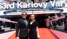 Paquin a Moyer uvedli na 53. MFF Karlovy Vary film Sklenka na rozloučenou