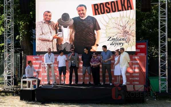 Červený koberec - filmy, kino, zábava, foto: www.cervenykoberec.cz