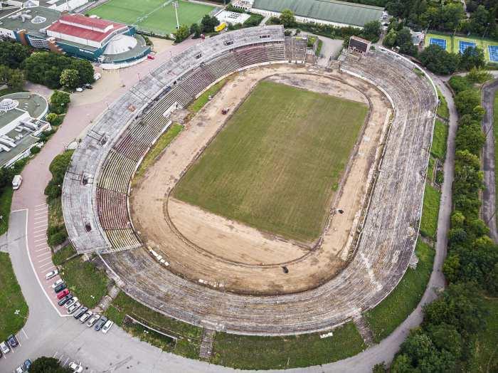 zatopek_stadion_brno_za_luzankami_upravy_foto_01