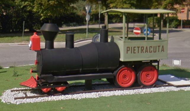 Abbiamo trovato il trenino della pineta!