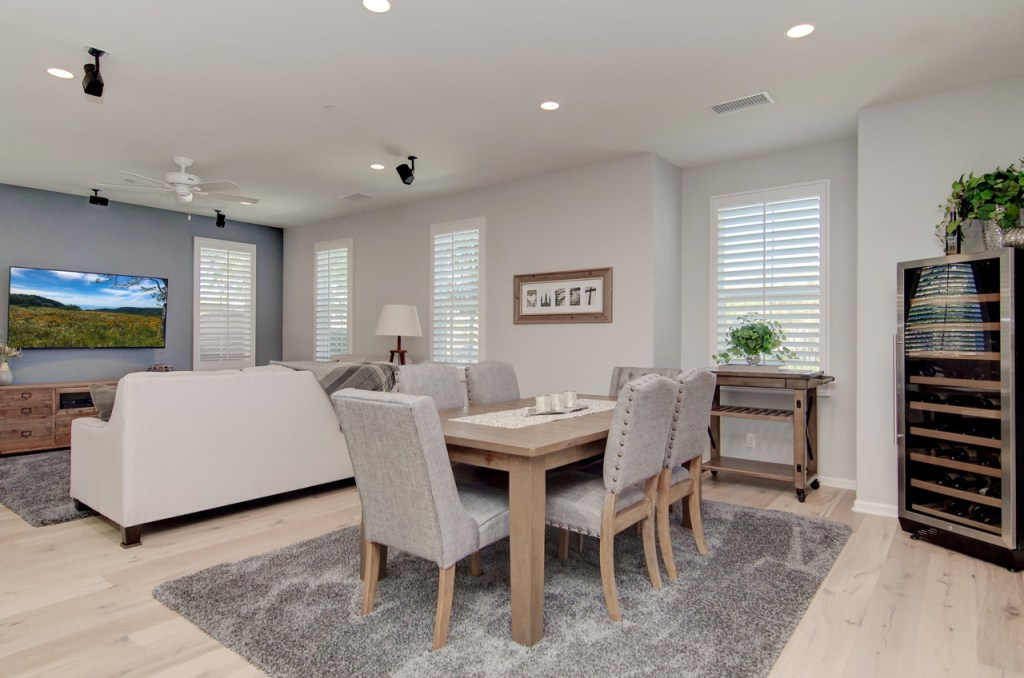 Dinning and Living Room Rancho Mission Viejo