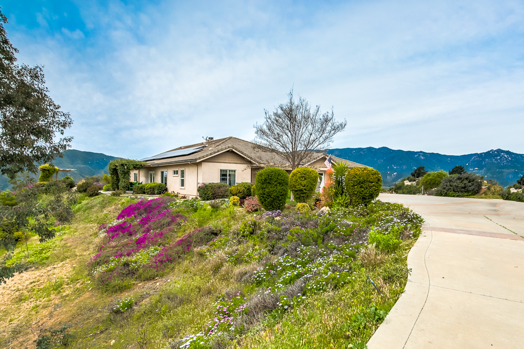 Front of Home Fallbrook
