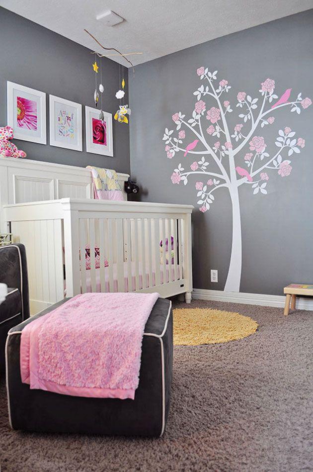une chambre de bebe rose et grise c