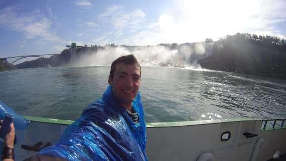 Tekneden Amerikan Şelalesi Niagara Şelalesi Gezi Rehberi American Falls Amerikan elalesi 2