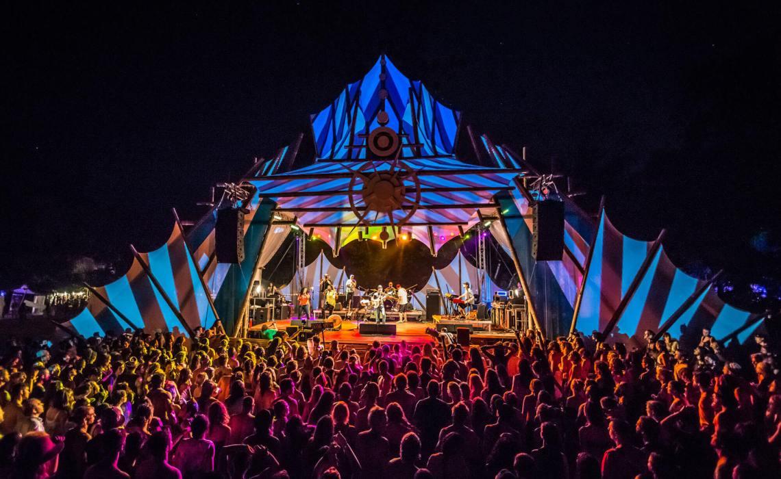 Ağustos Ayında Gidilecek Yerler Kosta Rika Festival Konser ağustos ayında gidilecek yerler Ağustos Ayında Gidilecek Yerler Kosta Rika A ustos