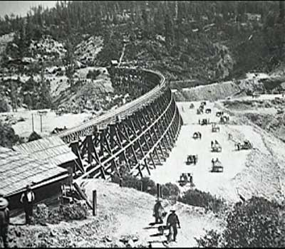 Canton army -- building the Transcontinental Railroad