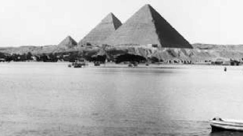As Pirâmides, o Nilo e os Extraterrestres