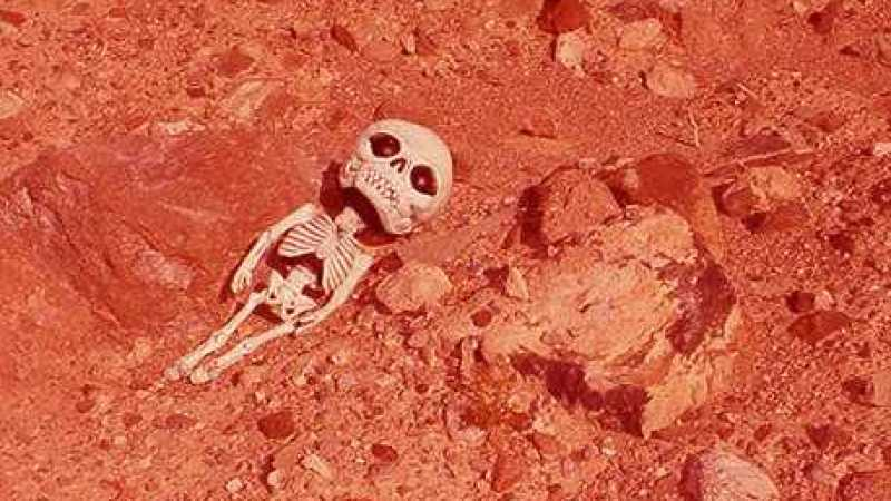Apenas uma pedra em Marte