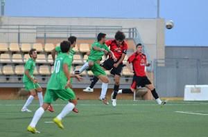 El Ayamonte sigue anclado en la última posición tras el empate contra el San Roque.