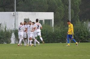 Randy celebra con sus compañeros el gol que marcó en Cádiz