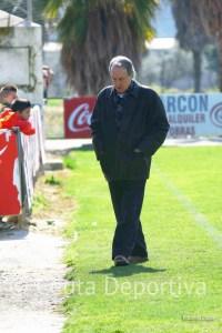 Álvaro Pérez, pensativo, este mediodía en la Ciudad Deportiva del Córdoba