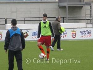 Mohamed Topo recuperará la titularidad después de muchas jornadas sin protagonismo