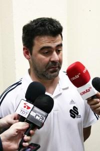 Mane ha vuelto a dirigir al Atlético de Ceuta ante la ausencia del convalenciente Álvaro Pérez