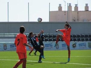 El partido se rompió en la segunda parte cuando el Natación marcó tres goles en cinco minutos