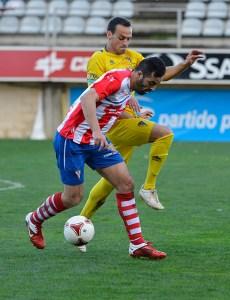 Marín, uno de los titulares del Algeciras, cree que el Tropezón es un rival asequible