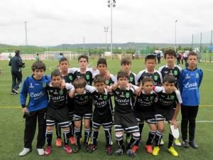 Formación de la selección alevín masculina antes de enfrentarse al País Vasco