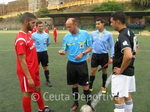 Imagen de la pasada jornada del Atlético de Ceuta B - Ramón y Cajal, dos de los equipos que jugarán el 'play off'