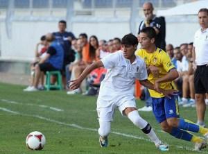 Chakir disputó esta temporada 30 partidos con el CD San Roque en el grupo 4 de Segunda 'B'