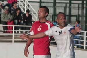 Sandro es a sus 41 años un valor seguro para la defensa de la AD Ceuta FC