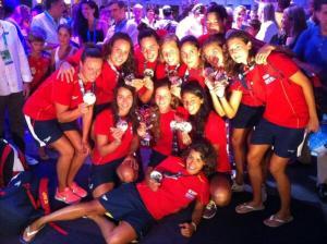 Las jugadoras festejaron el título mundial en el Village de Barcelona 2013