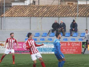 El nuevo delantero de la AD Ceuta FC en un partido de esta temporada contra el Huracán de Valencia