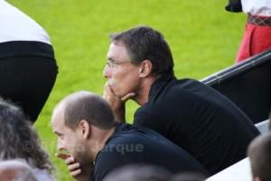 Juanma Alamillos, en la imagen junto a su ayudante, no quedó descontento con su equipo en el estreno liguero