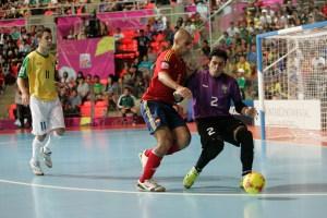 El hispano-brasileño Fernandao, pívot del FC Barceona, es uno de los 14 convocados para el doble enfrentamiento con Bélgica