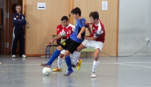 Un lance del partido disputado esta tarde por el Ciudad de Ceuta FS en Cádiz