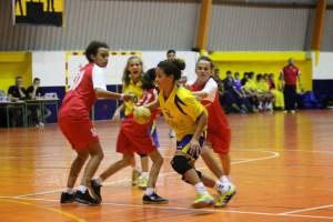 El equipo de Larbi ya participa, junto al Ramón y Cajal, en la Liga gaditana infantil femenino