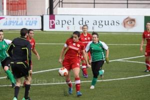 Isa es alta tras perderse la última cita liguera ante el Atlético Las Delicias. Foto: África Jarque