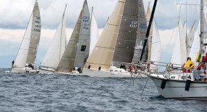 Un momento de la regata celebrada en aguas de la Bahía Norte