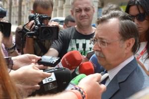 El presidente de la Ciudad, Juan Vivas, hablando ante los periodistas en una imagen de archivo