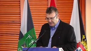 Juanma Navas, durante la presentación de una gala de la FFCE